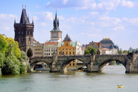 "Prague (the capital of Czech Republic). The Thai for ""Prague (the capital of Czech Republic)"" is ""ปราก""."